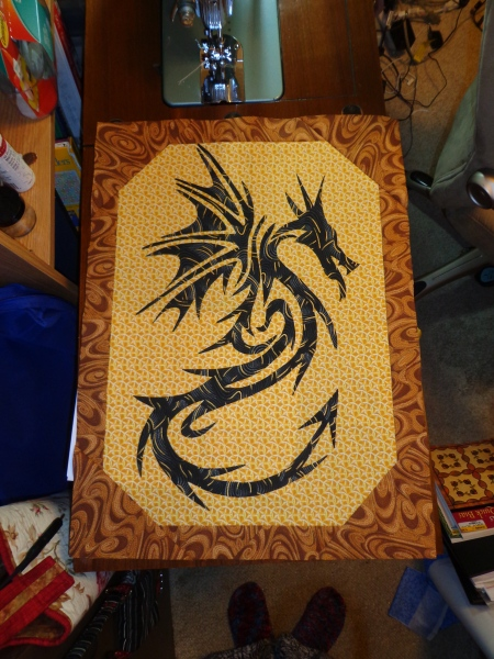 dragon wood border