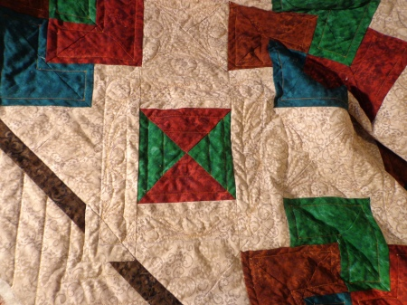 card trick quilting ring around diamond in square fmq